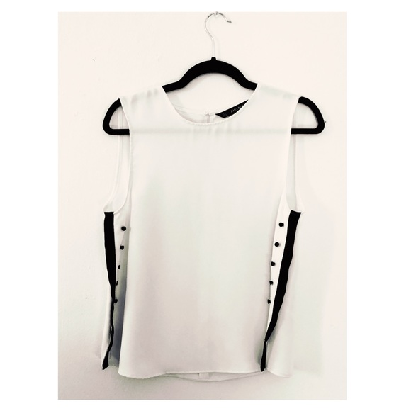 Zara Tops - ZARA White blouse with black sides and buttons